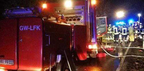 Ersthelfer rettet Säugling aus brennendem Auto