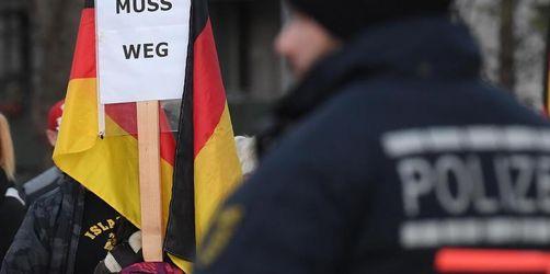 Vor Ost-Landtagswahlen Debatte über Merkels Wahlkampfeinsatz