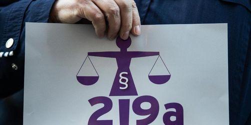 Koalition will Gesetzesbeschluss zu 219a noch diese Woche