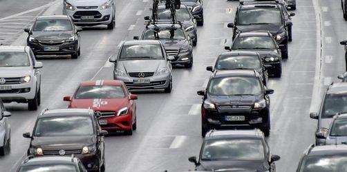 Osterferien beginnen - Autofahrer brauchen Geduld