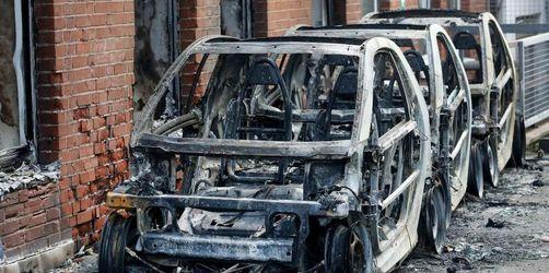 AfD-Fahrzeuge in Essen abgebrannt