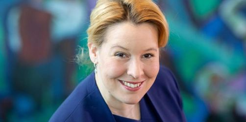 Familienministerin Giffey will Altersempfehlungen für Apps