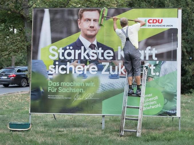 Im Umfrage-Aufwind:CDU-Wahlplakat mit Sachsens Ministerpräsident Michael Kretschmer. Foto:Sebastian Kahnert
