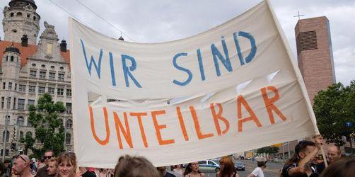 Zehntausende bei «Unteilbar»-Demo in Dresden erwartet