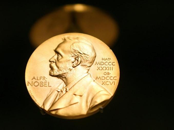Die Gewinner des Chemie-Nobelpreises 2019: John B. Goodenough (l-r), M. Stanley Whittingham und Akira Yoshino. /TT News Agency/dpa