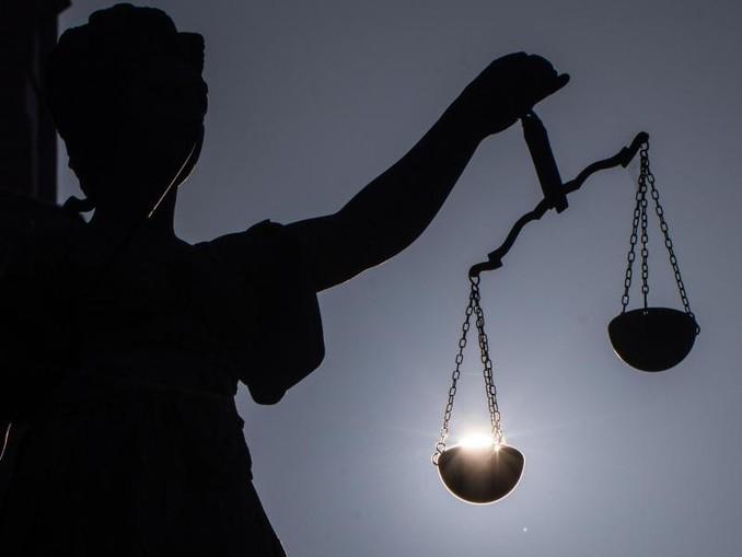 Ein Urteil des Berliner Landgerichts gegen zwei Frauenärzte wird erwartet. /dpa
