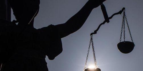 Zwilling im Mutterleib totgespritzt: Frauenärzte verurteilt