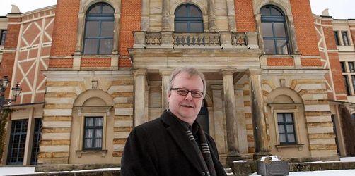 Instanz auf dem Grünen Hügel: Peter Emmerich gestorben