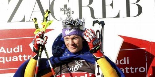 Riesch mit Slalom-Hattrick an die Weltcup-Spitze