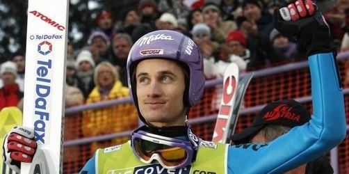 Martin Schmitt springt in Innsbruck aufs Podest