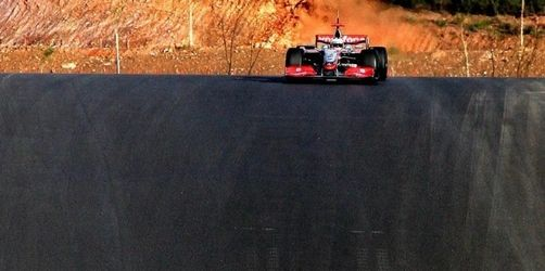 Fünf Formel-1-Teams testen an der Algarve