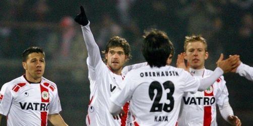 Fürth trotz 0:0 Spitzenreiter in 2. Liga