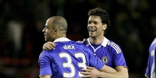 Chelsea-Gala in Liverpool - Nur Hiddink warnt