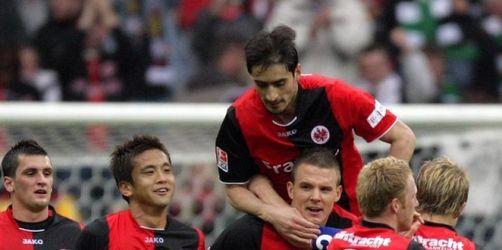 Frankfurt feiert 4:1-Sieg gegen Gladbach