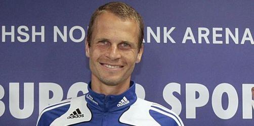 HSV besteht Pokal-Test und präsentiert Rozehnal