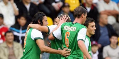 Doppelpack von Pizarro - Werder mühelos weiter