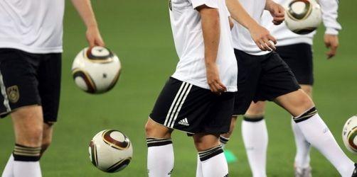WM-Start für DFB-Elf - Top-Bedingungen in Durban