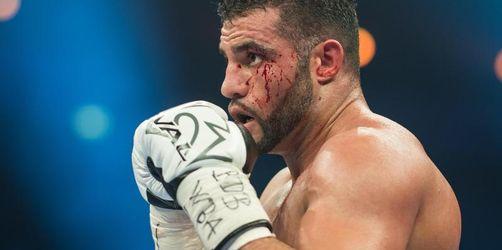 Weiter Verwirrung um Boxer Charr: Erst Urlaub, dann Pass