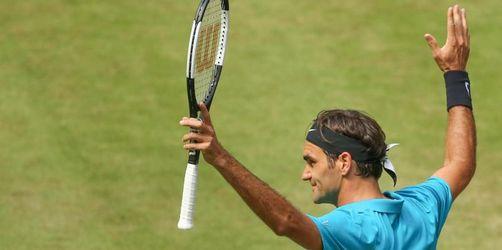 Federer gegen Außenseiter mit Mühe im Halbfinale