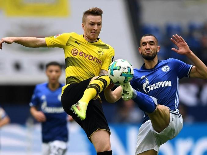 Im Revierderby treffen am 14. Spieltag der Bundesliga der FC Schalke 04 und Borussia Dortmund in Gelsenkirchen aufeinander. Foto:Ina Fassbender