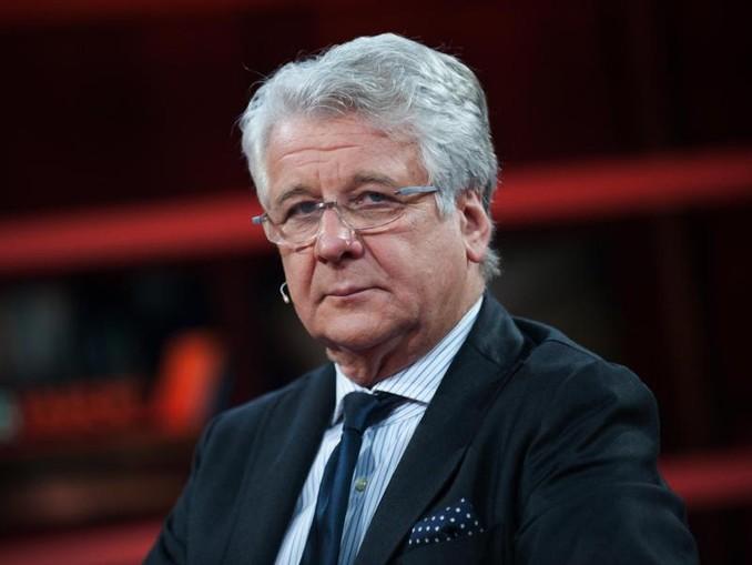 Geht mit dem FCBayern kritisch ins Gericht: TV-Experte Marcel Reif.