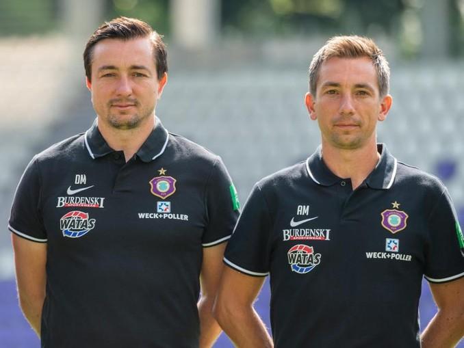 Trainer Daniel Meyer (l) und Co-Trainer Andre Meyer sind in Aue vorerst beurlaubt.