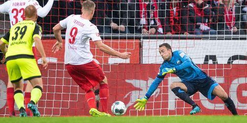 FCKöln gewinnt Kellerduell - Paderborn weiter sieglos
