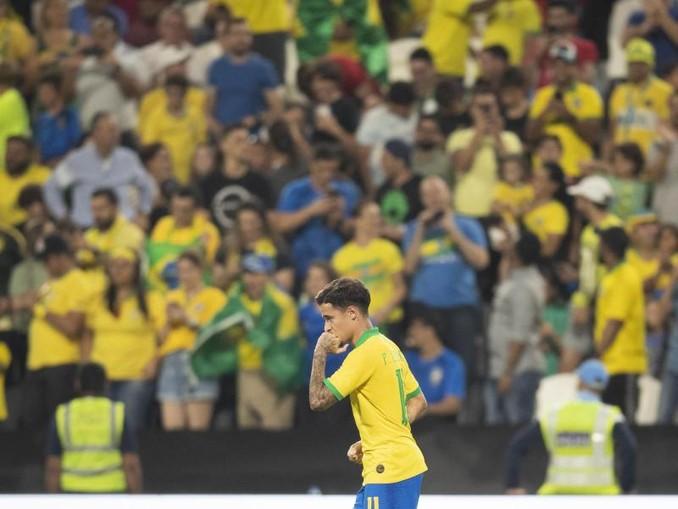 Brasiliens Philippe Coutinho feiert sein Tor zum 2:0. /CBF Official/dpa