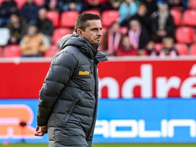 Regensburgs Trainer Mersad Selimbegovic. /dpa/Archivbild