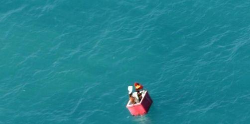 Schiffbrüchige überleben 25 Tage in Kühlbox
