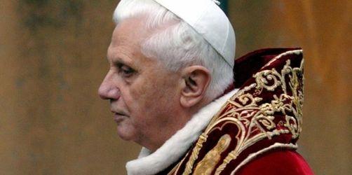 Papst rehabilitiert umstrittene Traditionalisten