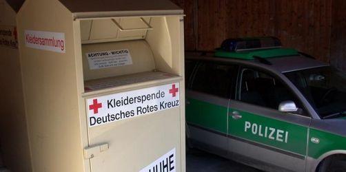 Toter Säugling in Altkleider-Container gefunden
