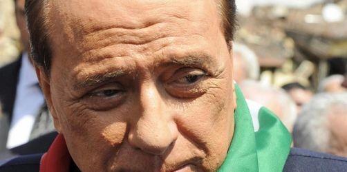Berlusconi rät Bebenopfern: «Kauft Ikea-Möbel»
