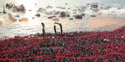 Erdogans Herausforderer zieht Millionenpublikum in Izmir an