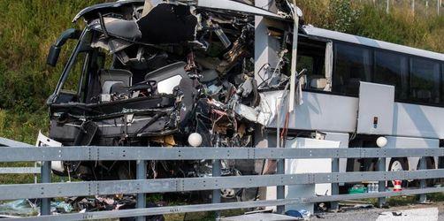 Kölner Bus verunglückt imTessin: Eine Tote