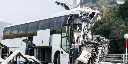 Kölner Pilger nach Busunfall auf Rückreise