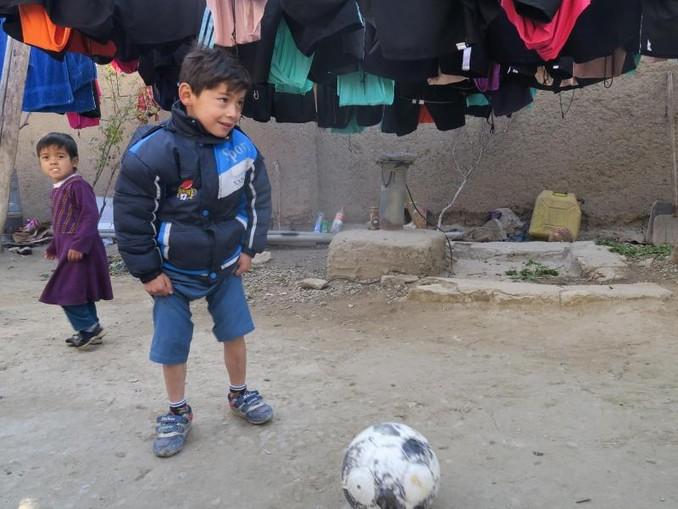 Bei seiner Flucht musste Murtasa Ahmadi seinen kostbarsten Besitz zurücklassen. Foto: Veronika Eschbache