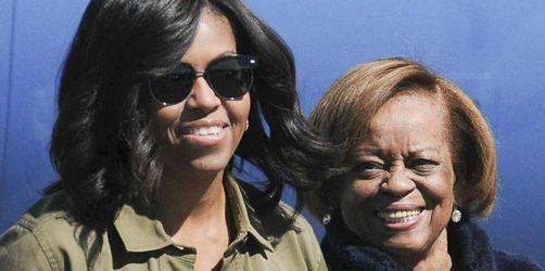 Michelle Obamas Mutter stichelt gegen ihre Tochter