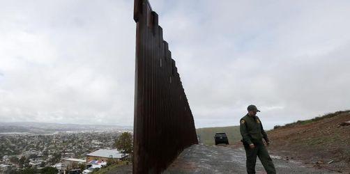Trump bei Streit um Geld für Grenzmauer vor Einlenken
