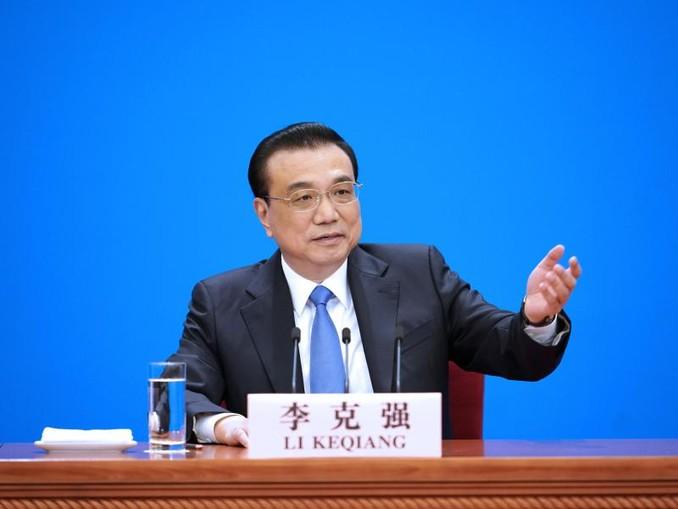 Chinas Ministerpräsident Li Keqiang gibt im Anschluss an den Volkskongress eine Pressekonferenz. /Xinhua