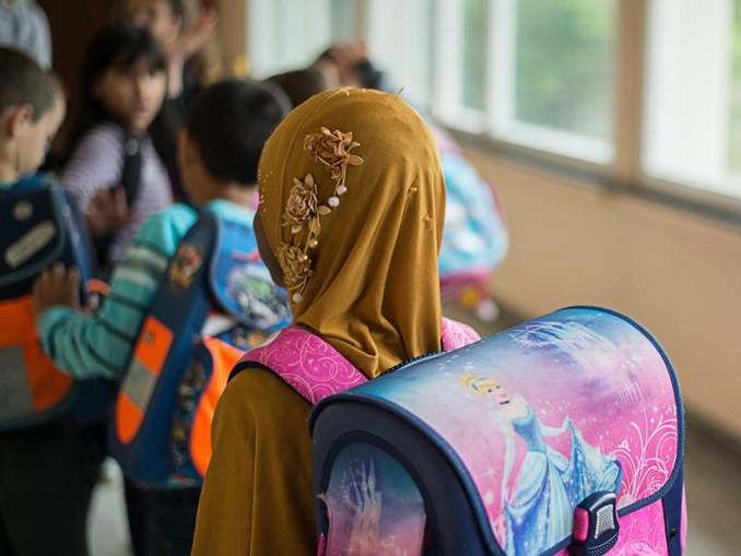Das neue Kopftuchverbot in Österreich richtet sich explizit an junge Schülerinnen und gilt bis zum Ende des Schuljahres, in dem die Mädchen zehn Jahre alt werden. /Archiv