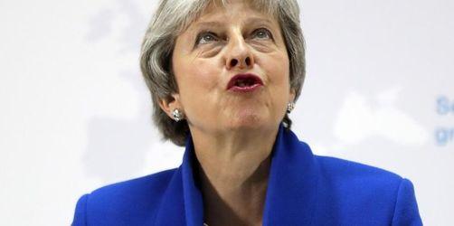 May verteidigt Brexit-Pläne trotz Rücktrittsforderungen