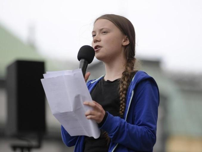 Greta Thunberg, Klimaaktivistin und Schülerin aus Schweden, spricht während des Fridays for Future in Stockholm. /TT NEWS AGENCY/AP/