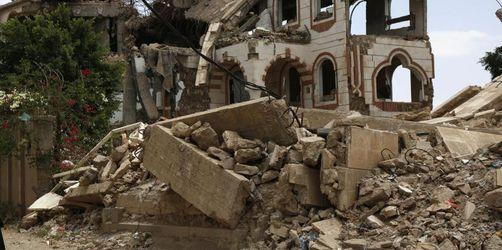 Schwere Luftangriffe im Jemen