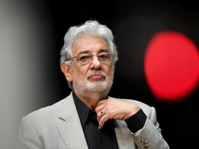 Der spanische Opernstar Plácido Domingo hat Vorwürfe sexueller Übergriffe zurückgewiesen.