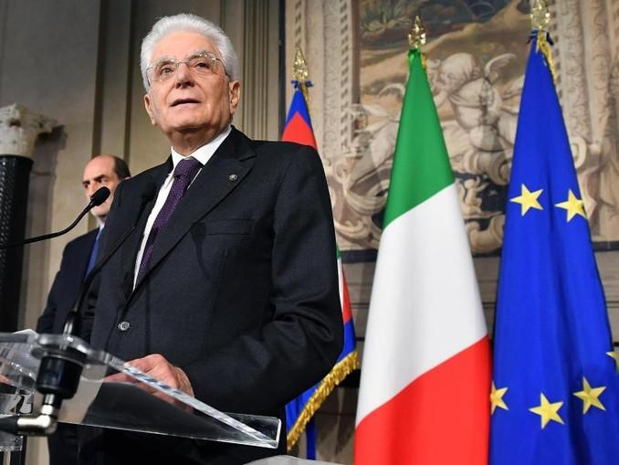 Präsident Sergio Mattarella, hier im vegangenen Jahr, sondiert die Möglichkeiten einer neuen Regierungsbildung. /ANSA