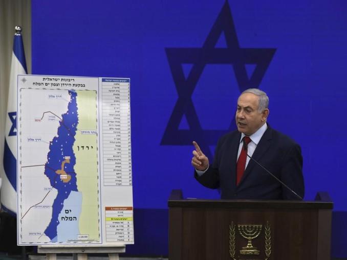 Ministerpräsident Benjamin Netanjahu am Dienstag bei einer Pressekonferenz zu seinen Plänen nach einer Wiederwahl. /AP