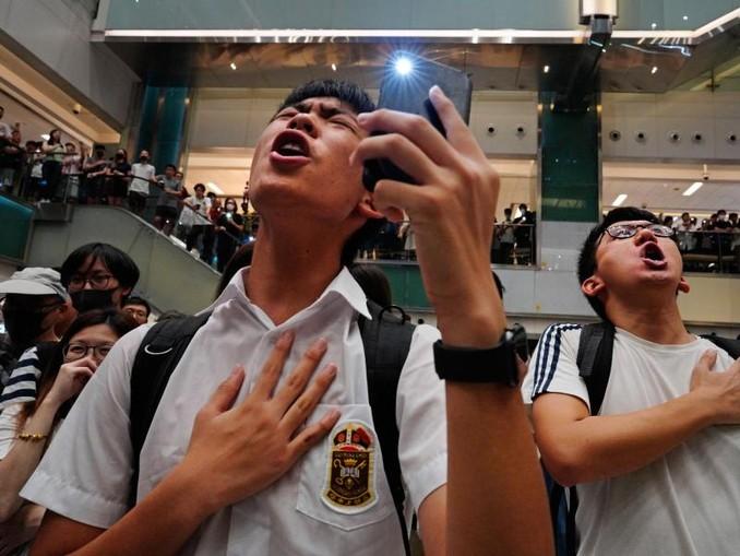 China hat Apple vorgeworfen, die Demonstranten in Hongkong zu unterstützen. /AP/dpa