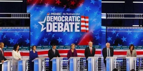 Demokratische Präsidentschaftsbewerber rügen Trump