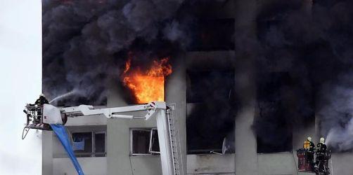Vermutlich acht Tote bei Hochhausbrand in der Slowakei